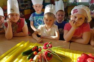 Przedszkolaki uczą się zasad zdrowego odżywiania